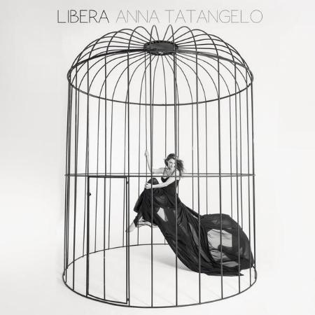 Anna Tatangelo  Libera