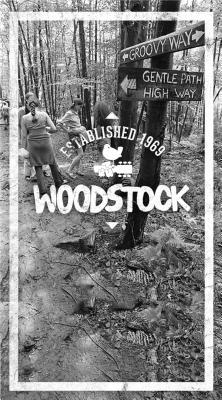 Woodstock Groovy Way Journal: Lined
