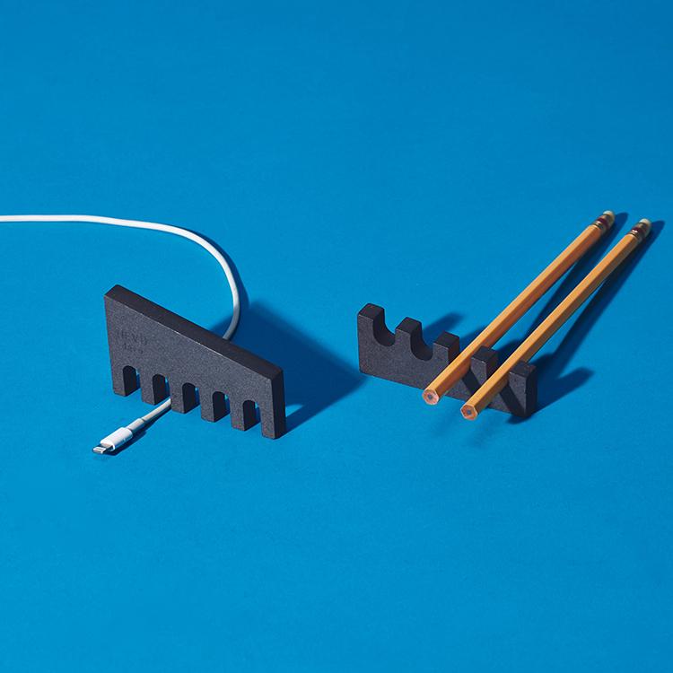 微型工廠紙鎮&收線器   Desk Machine S鋼鐵黑