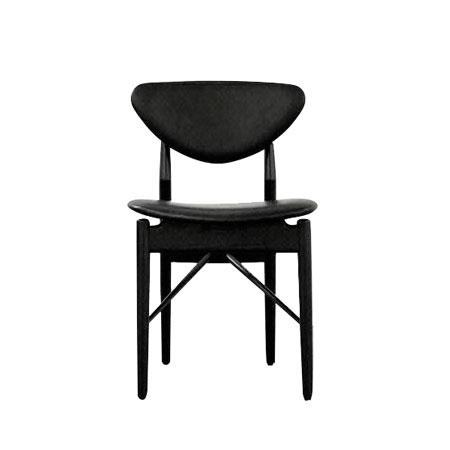 Model 108 Chair 橡木 Vegetal黑