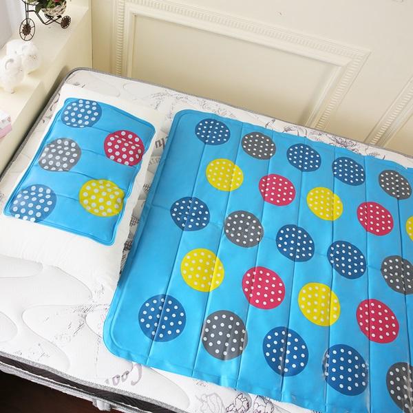 【CoolCold】雙重強效防蚊激涼冷凝床墊-1入-四色可選泳池派對
