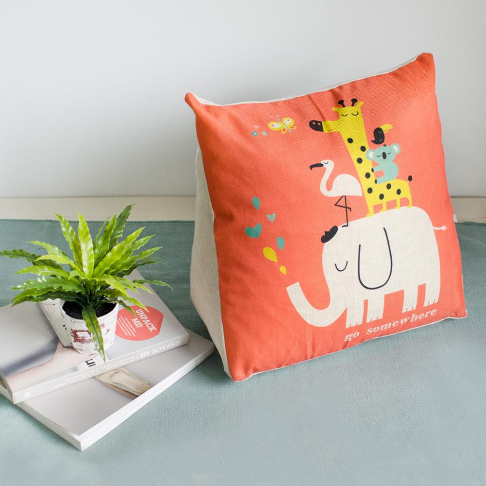 【收納職人】Zakka日系雜貨風手感棉麻織紋舒壓三角抱枕/靠枕/腿枕(橙色動物園)