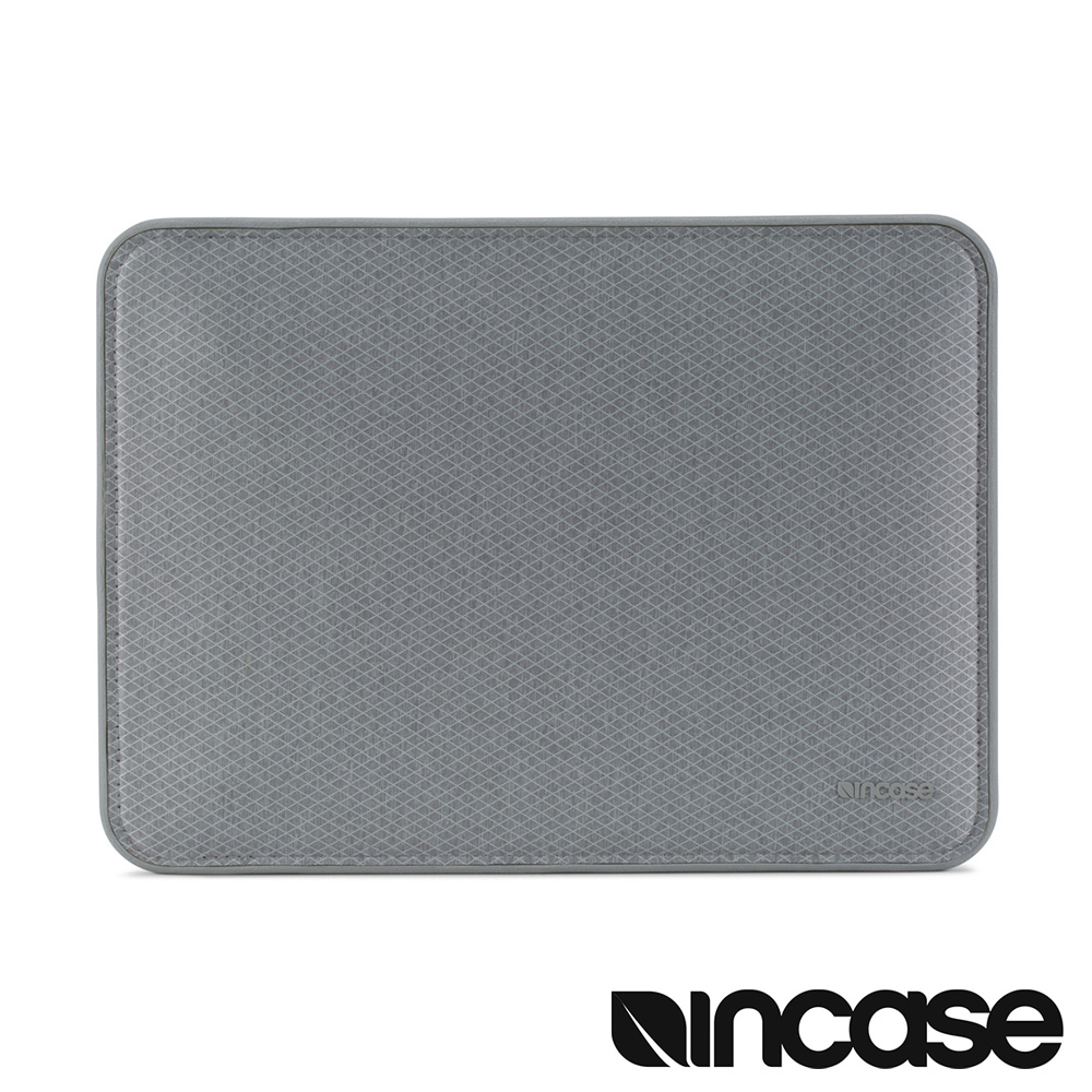 INCASE ICON Tensaerlite 15 吋 MacBook Pro  USB